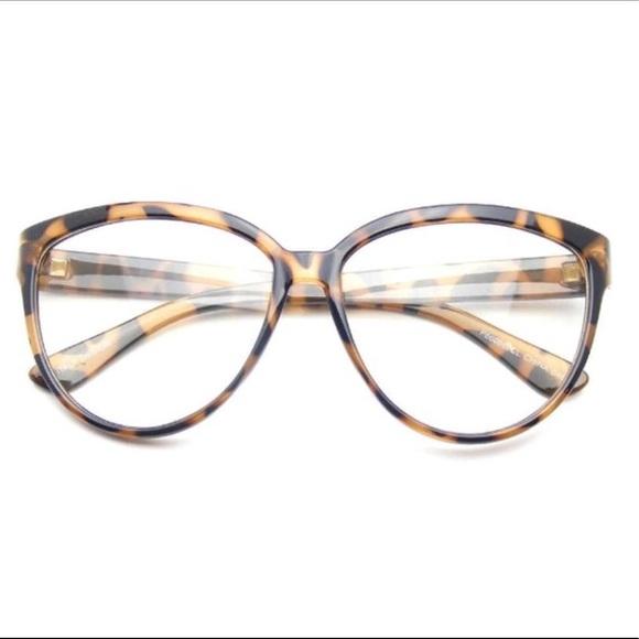 Fashion Classic Vintage Eyewear Cat Eye Designer Shades Frame Sunglasses Clear Tortoise Emblem Eyewear